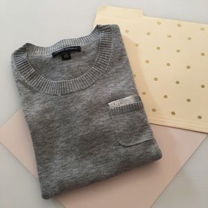 {Banana Republic}  Knit Grey Sweater with Sequin